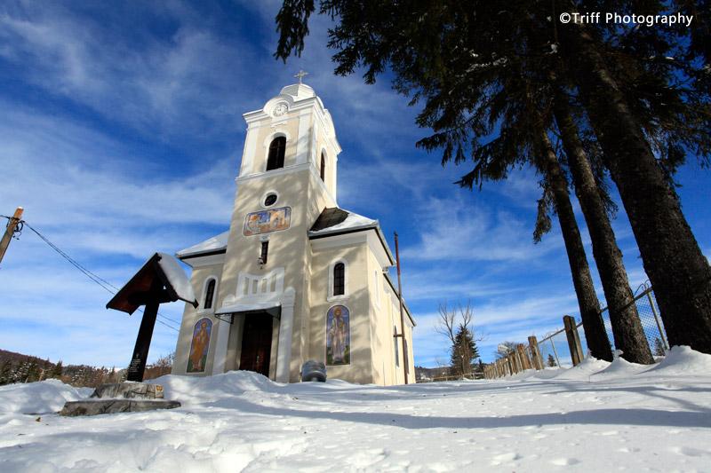 Biserica Ortodoxa Buna Vestire Izvoru Muresului